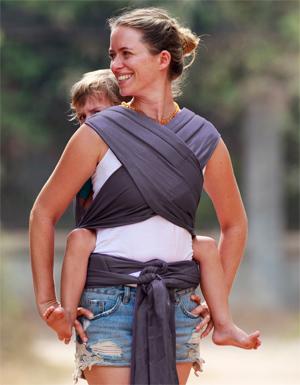 porte enfant 3 ans maxitai Ling Ling d'amour porter bebe sur le dos finition croisé poitrine