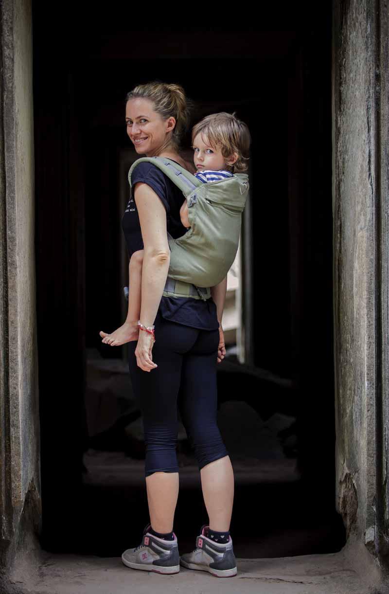 porter enfant 3 ans sur le dos préformé P4 de LLA