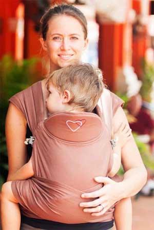 M-Tai de LLA porte-bébé hybride physiologique coloris Chocolate - bambin
