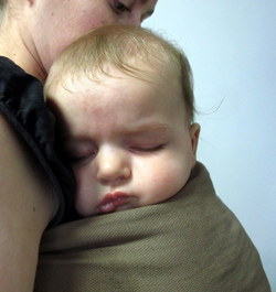 sleeping baby ringsling Ling Ling d'amour